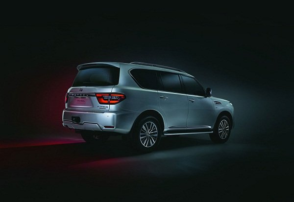 Nissan Patrol 2020 rear view
