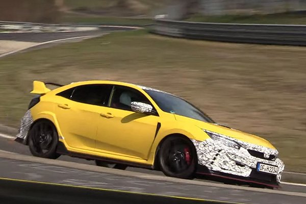 A picture of the 2020 Honda Civic Type R Prototype