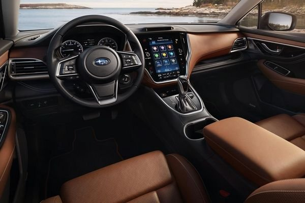 A picture of the 2020 Subaru Outback's front cabin.