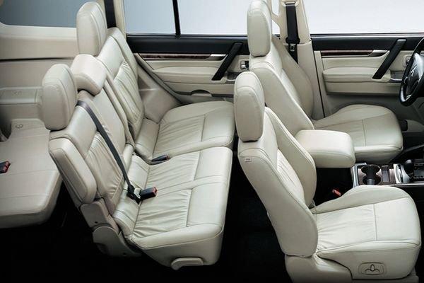 Mitsubishi Pajero 2020 passenger seats