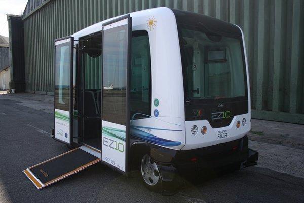 Passenger-Transporting Autonomous Vehicle