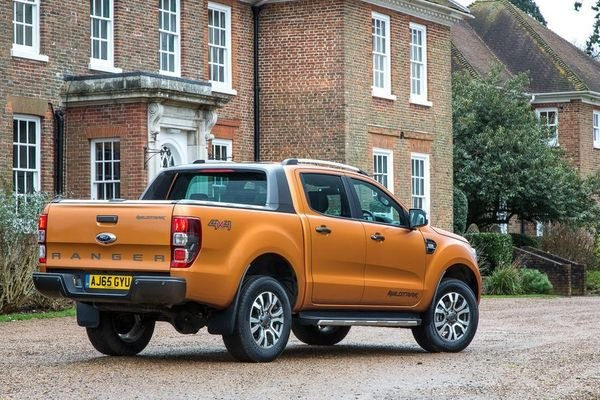 A picture of the rear of the Ford Ranger