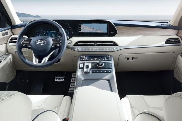 A picture of the 2020 Hyundai Palisade's front cabin.