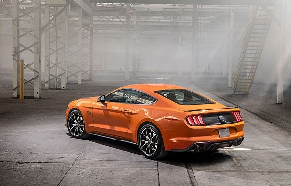 A picture of the Ford Mustang rear end