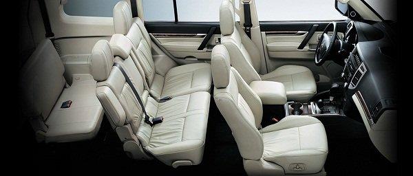 A picture of the Mitsubishi Pajero's passenger seats