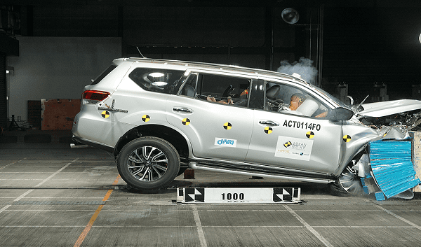 Nissan Terra crash test