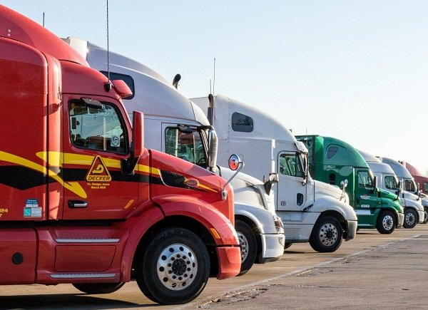 Trucking companies in the Philippines