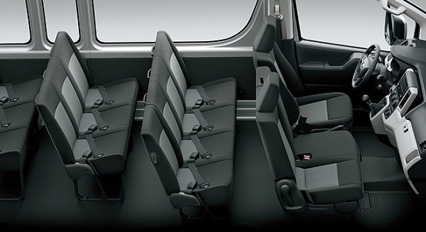 toyota grandia van seating capacity