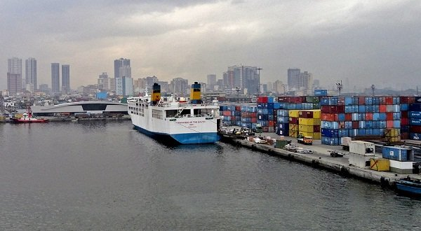 A picture of the Manila Port Area