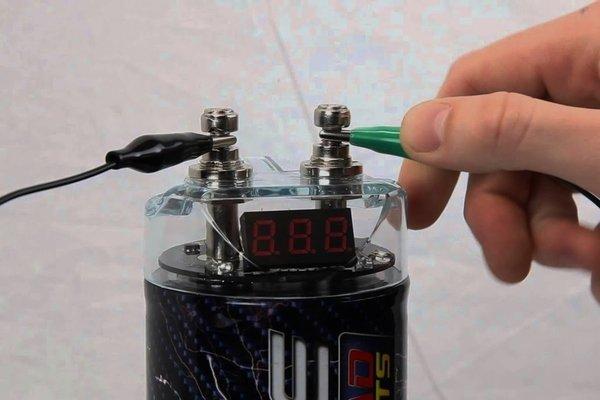 A car audio capacitor