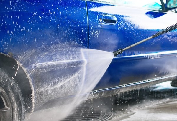 full-on car cleaning service