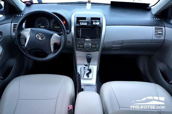 Toyota Corolla Altis interior Dash
