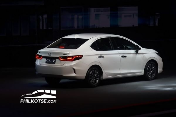 Honda City On launch on stage