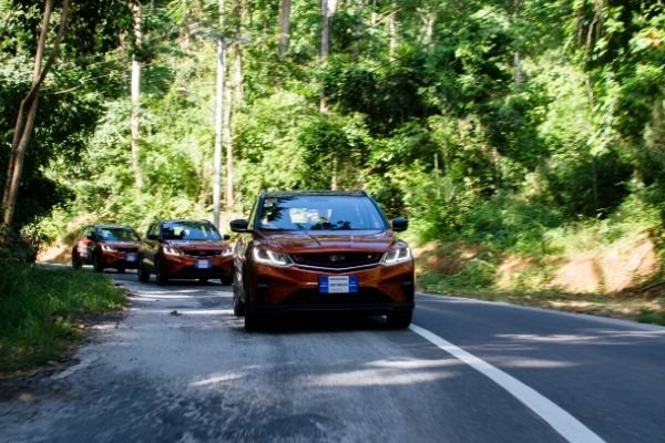 Geely coolray 2020 on the road