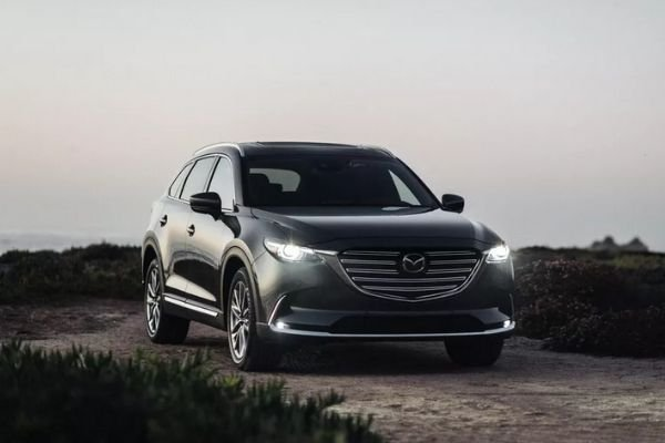 A picture of the Mazda CX-9