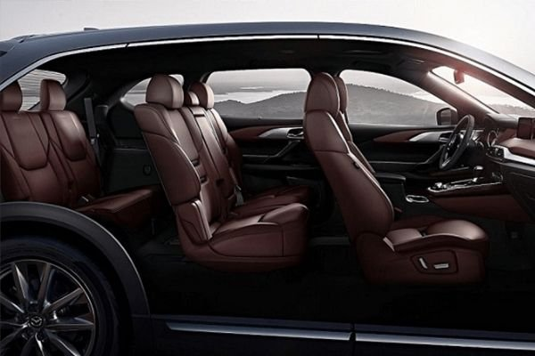 A picture of the CX-9's interior.