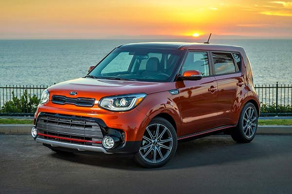 Kia soul against the sunset