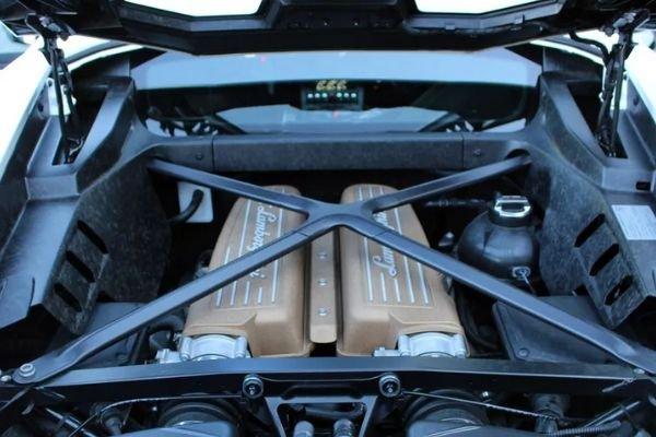 Lamborghini V10 aboard the Huracan Performante