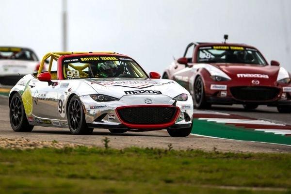 Mazda Miata ND's on the race track