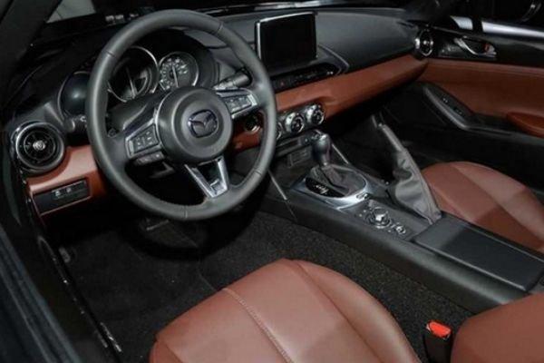Mazda Miata's interior