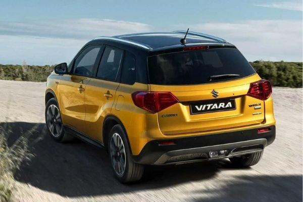 A picture of the Suzuki Vitara's rear end