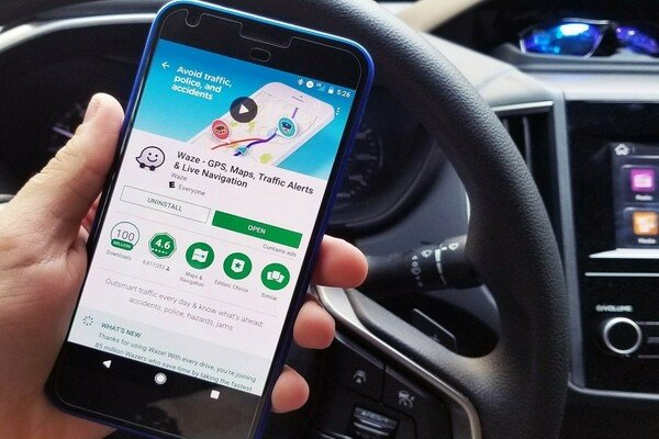 Android Auto with Waze