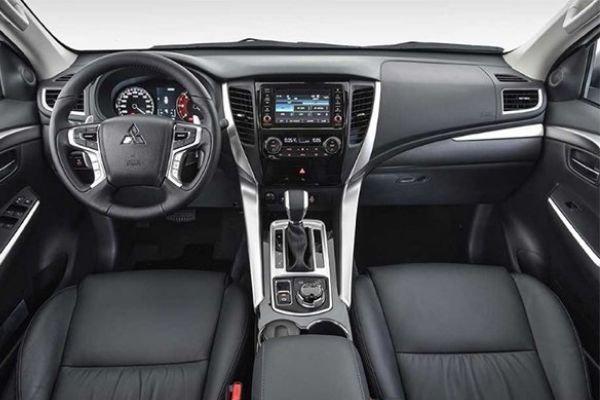 A picture of the Montero Sport's interior.