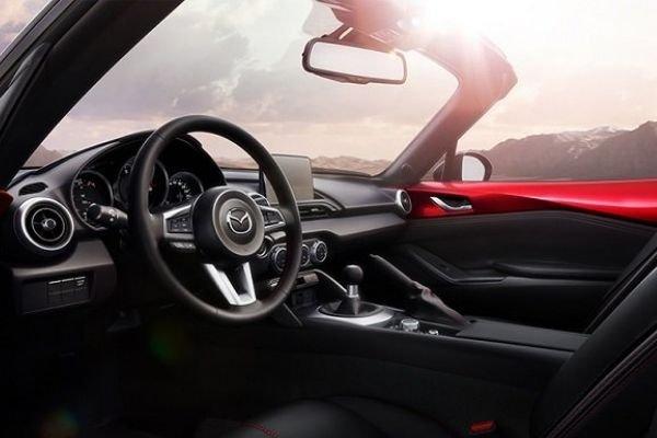 Mazda MX5 Miata interior