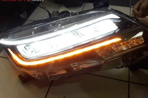 toyota-rush-led-headlamp