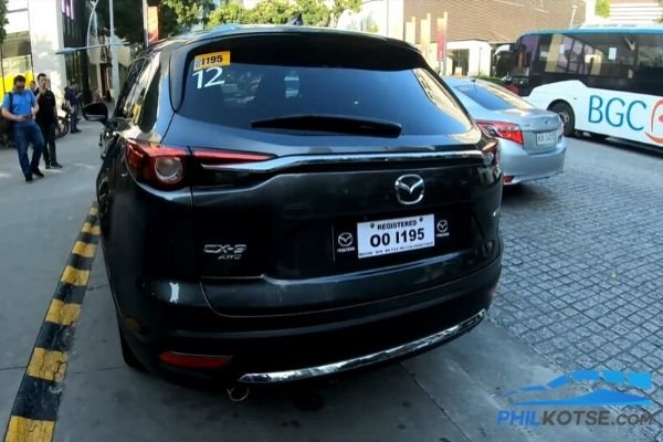 A picture of the 2020 Mazda CX-9 rear end