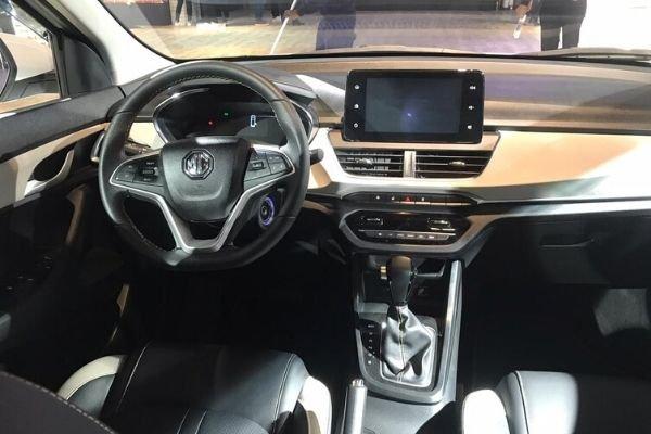 MG 360M steering wheel