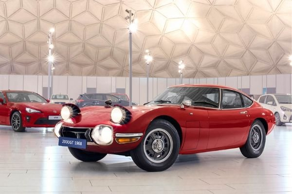 toyota 2000gt with new toyota cars