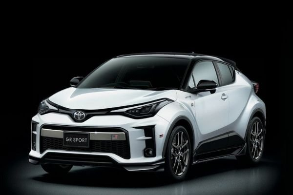 A picture of the Toyota C-HR with GR racing kits
