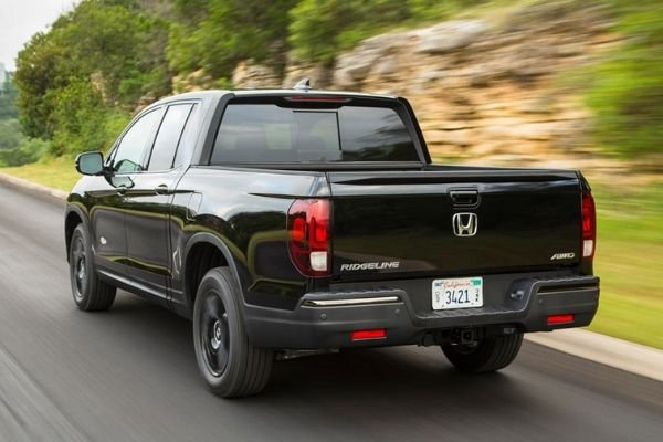 A picture of the rear of the Honda Ridgeline