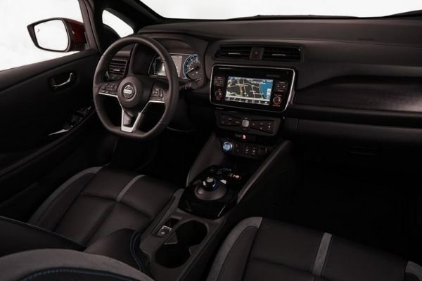 A look into the Nissan Leaf's interior