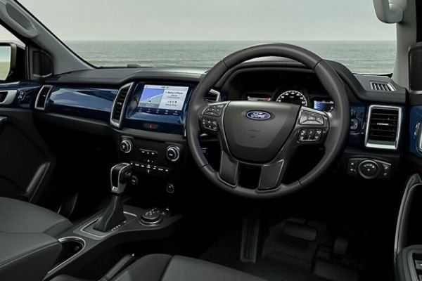 A picture of the interior of the Ford Everest Sport