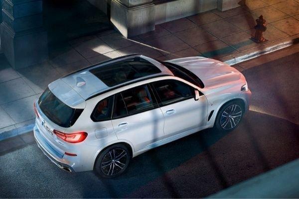 2020 BMW X5 roof