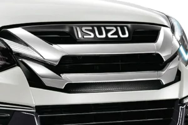 A picture of the updated 2020 Mu-X updated grille