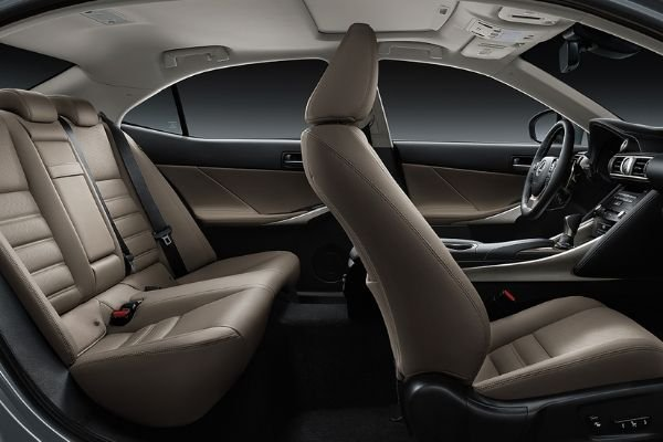 A picture of the Lexus IS 350;s interior