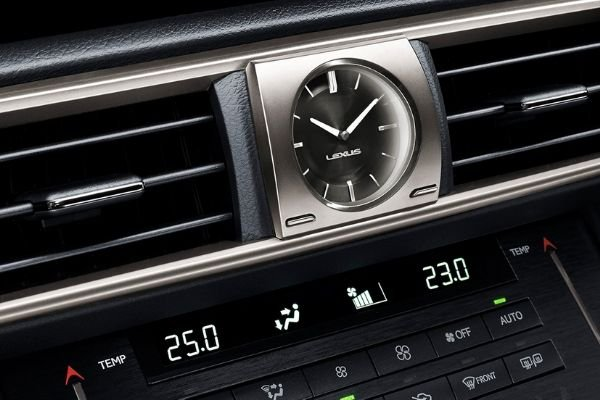 A picture of the analog clock inside the Lexus IS 350