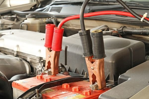 Clamps attached to the car batteries