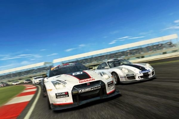 An in-game screenshot of Real Racing 3