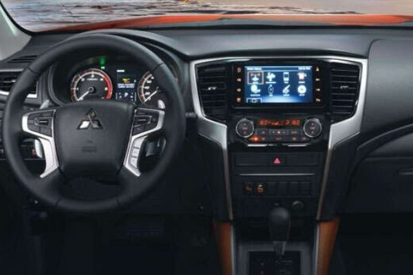 A picture of the Strada Athlete's dashboard