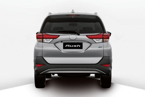 A picture of the rear of the Toyota Rush