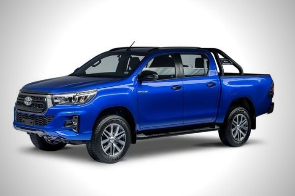 A picture of the front of the Toyota Hilux Conquest