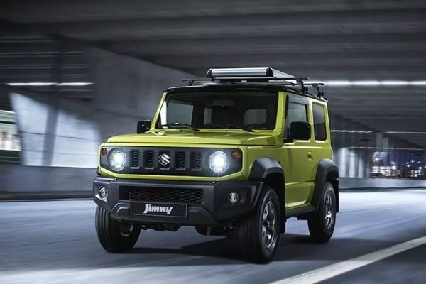 A picture of the 4th gen 2020 Suzuki Jimny on a tunnel road