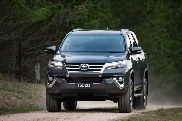 A picture of the Toyota Fortuner on a dirt road