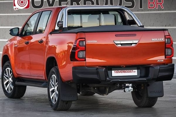 new 2021 toyota hilux renderings preview facelifted truck