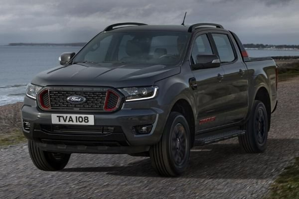 A picture of the Ford Ranger Thunder near the beach