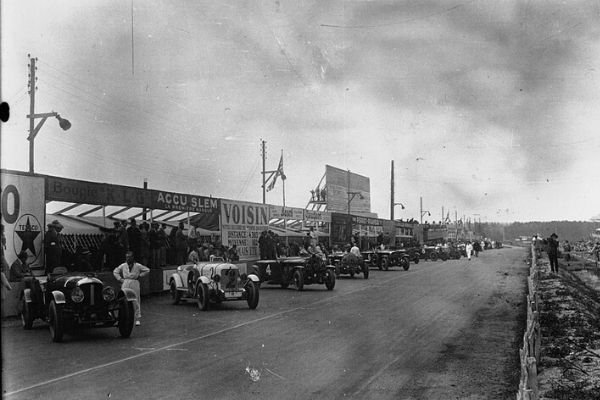 Le Mans starting grid